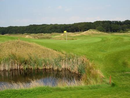 Lütetsburg_Golf.jpg